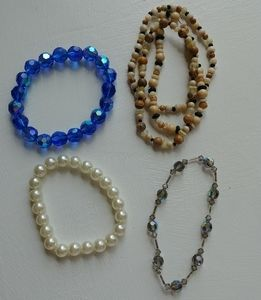 Jewelry - 3/$15 4 Bracelet Bundle(pearl, bead collection)
